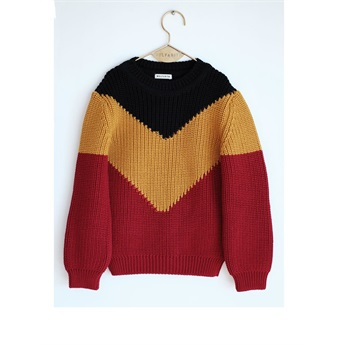 Sweater Leandro Black Red