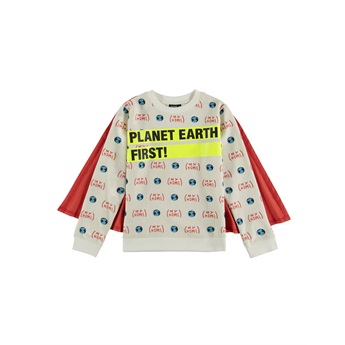 Earth Cape Sweat